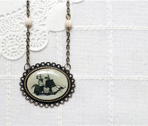 Vintage ship necklace1